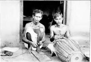 A group of Mochis, shoemakers from Bengal